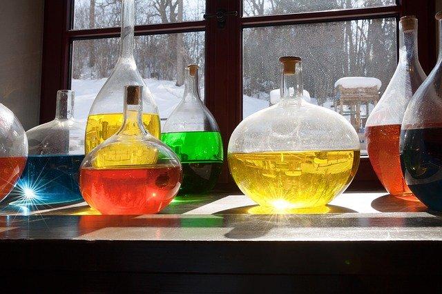 barevné kapaliny