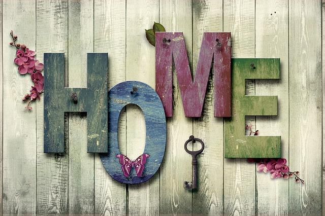 """písmena """"home"""" plus klíč"""
